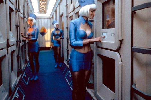 Le Cinquième élément, 1997. Les hôtesses à bord du Fhloston Paradise
